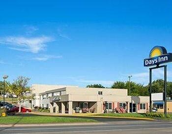Picture of Days Inn Pierre in Pierre