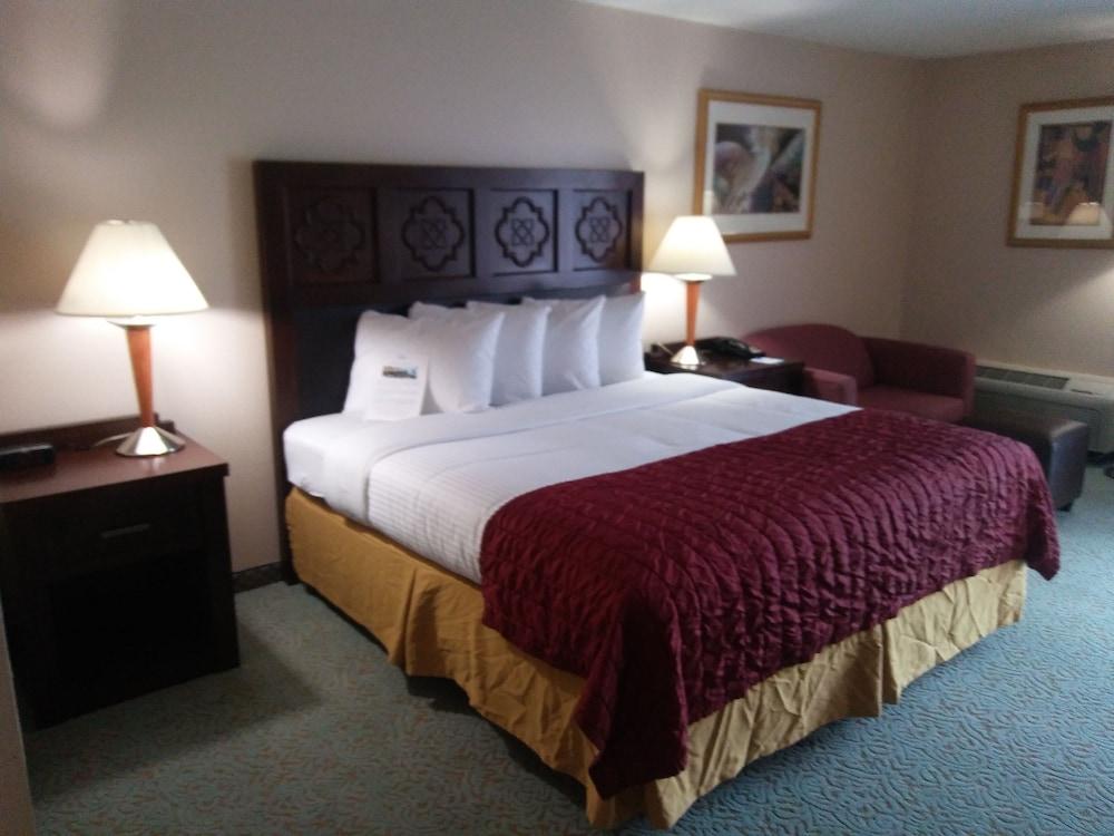 Baymont Inn and Suites Florida Mall, Orlando