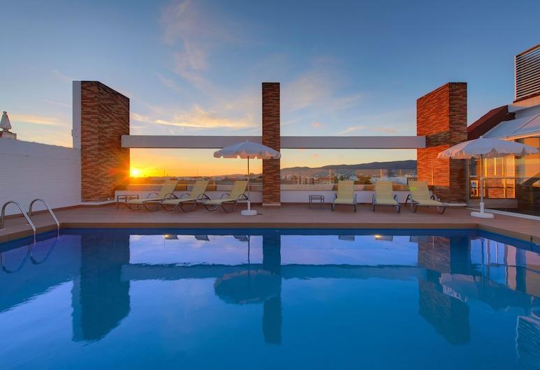 TRYP Córdoba Hotel, Córdoba, Välibassein