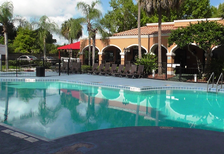 Ramada by Wyndham Kissimmee Downtown Hotel, Kissimmee