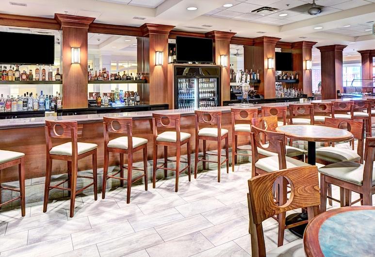 DoubleTree by Hilton Milwaukee Downtown, Milwaukee, Hotel Bar