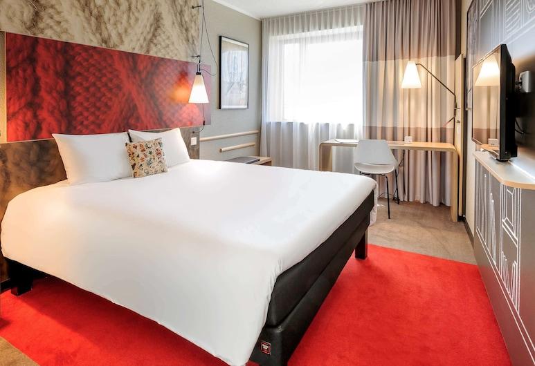 ibis Nuernberg City am Plaerrer, Nuremberg, Standard Double Room, 1 Double Bed, Guest Room