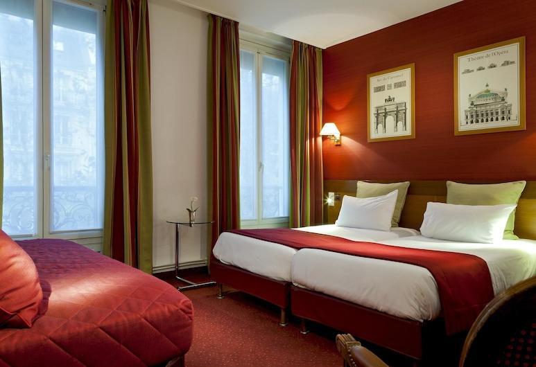 Timhotel Invalides Eiffel , Paris, Superior Triple Room, Guest Room