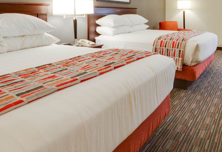 Pear Tree Inn Sikeston, Sikeston, Deluxe Room, 2 Double Beds, Accessible, Refrigerator & Microwave (Tub), Guest Room