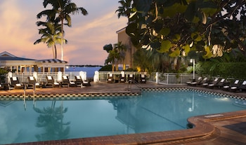 Choose This Business Hotel in Key West -  - Online Room Reservations