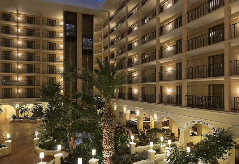 Four Points by Sheraton Suites Tampa Airport Westshore, Tampa, Lobby
