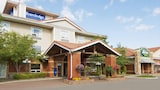 Book this Pet Friendly Hotel in Sudbury