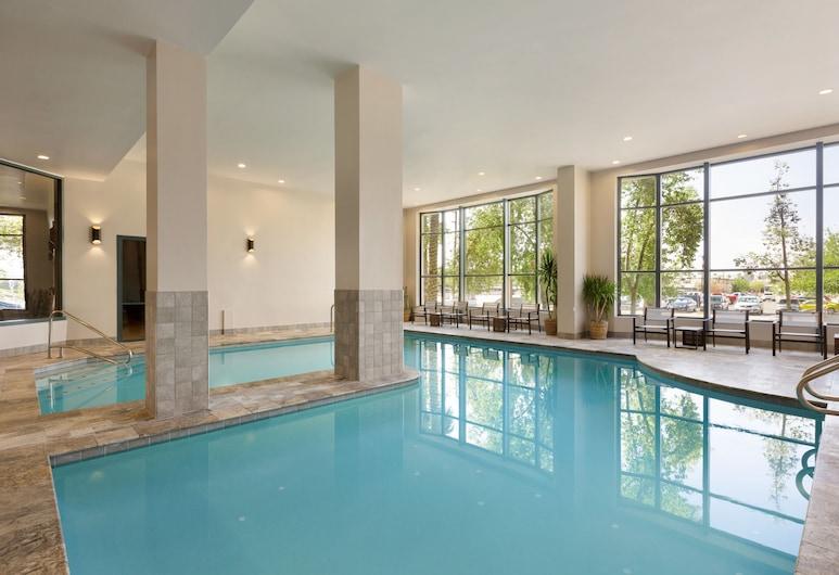 Embassy Suites by Hilton Phoenix Downtown North, Phoenix, Indoor Pool