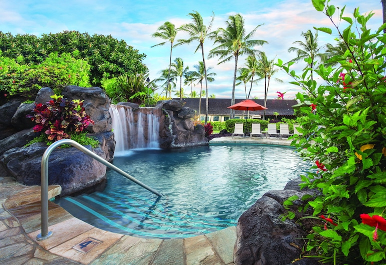 Kauai Coast at the Beachboy, Kapaa