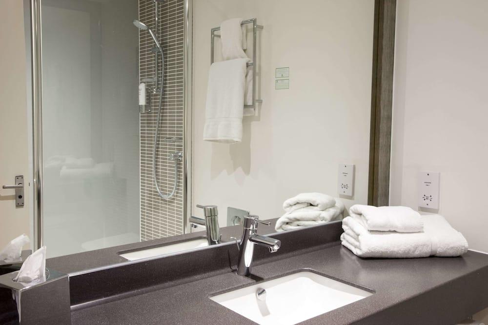 Phòng Executive, 1 giường đôi, Không hút thuốc - Phòng tắm