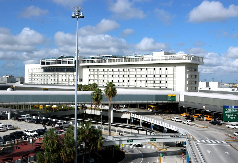 Miami International Airport Hotel, Miami, Hotel Front