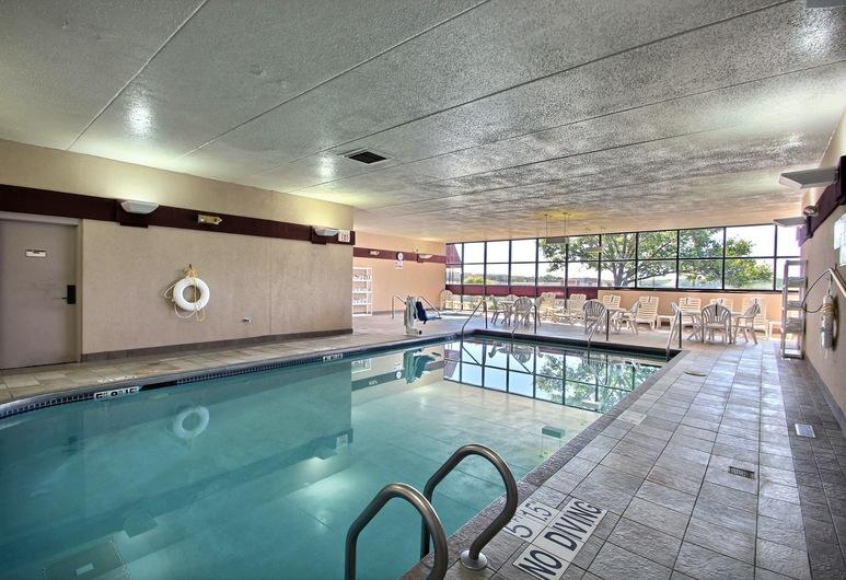 Comfort Inn & Suites Madison - Airport, Madison, Innenpool