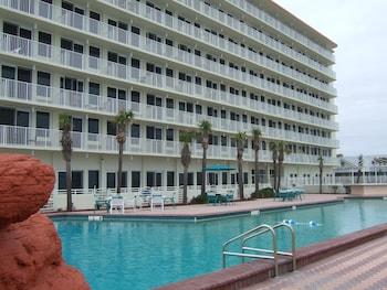 Picture Of Harbour Beach Oceanfront Resort In Daytona Ss