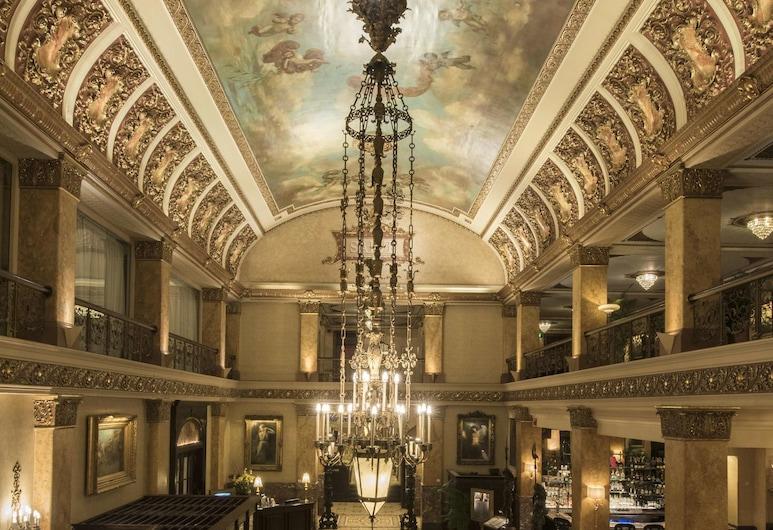 The Pfister Hotel, Milwaukee, Lobby