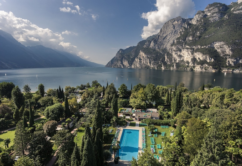Du Lac et Du Parc Grand Resort, Riva del Garda, Madártávlatú nézet