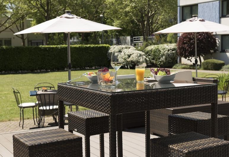 Mercure Hotel Mannheim am Friedensplatz, Mannheim, Outdoor Dining