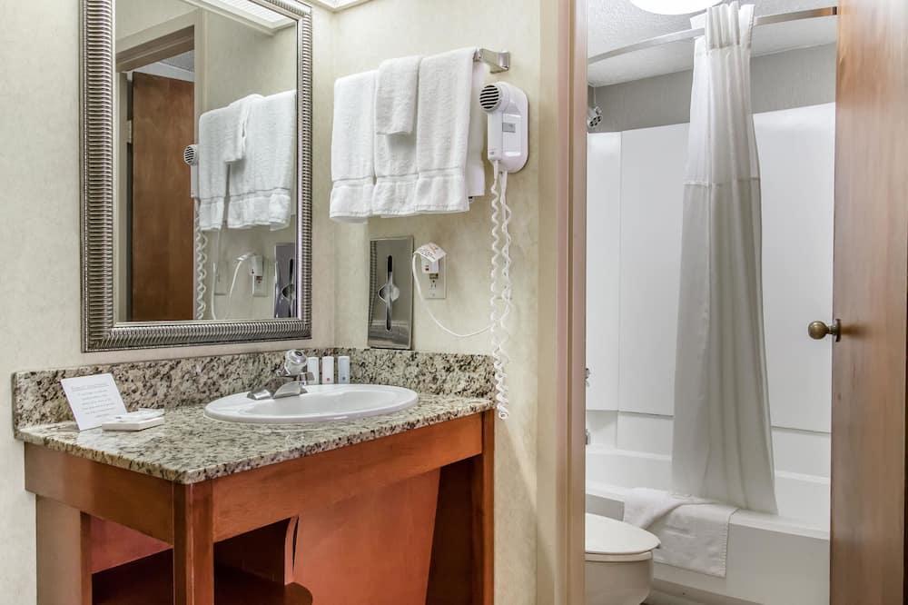 Habitación doble estándar, 2 camas dobles, para fumadores - Baño