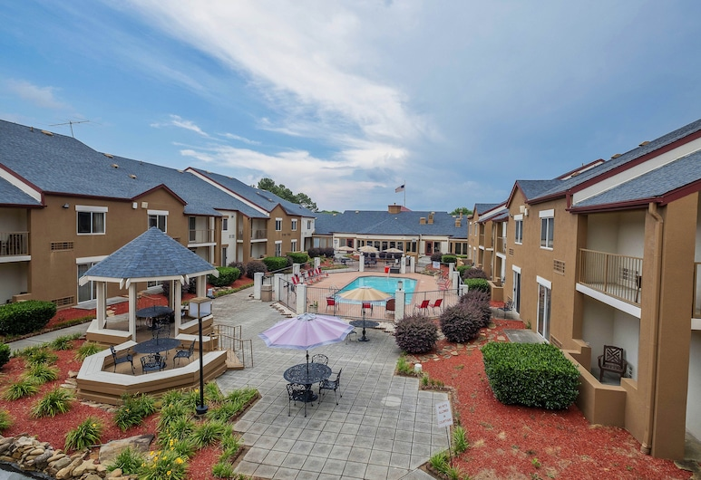 Red Roof Inn PLUS+ & Suites Knoxville West – Cedar Bluff, Knoxville, Piscina
