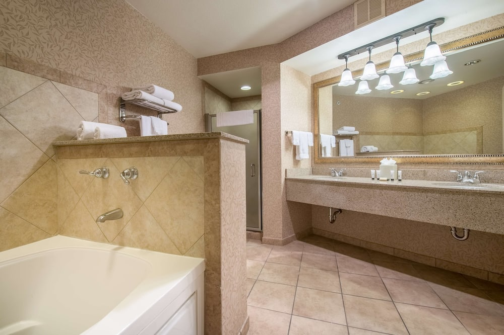 Suite Presidensial, 1 Tempat Tidur King, jet tub - Kamar mandi