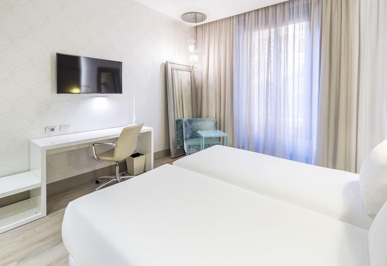 米蘭旅遊 NH 飯店, 米蘭, 高級客房 (Extra Bed 2 adults + 1 child), 客房