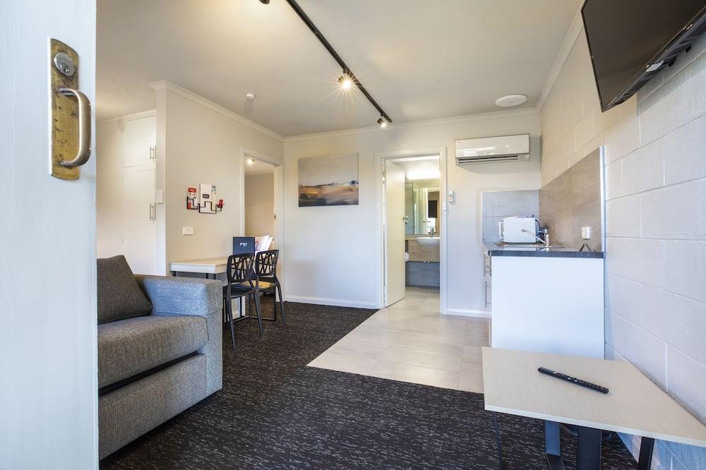 Studio Family - Living Area