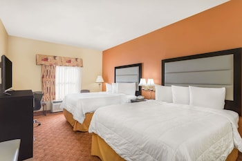 Picture of Baymont by Wyndham Fayetteville in Fayetteville