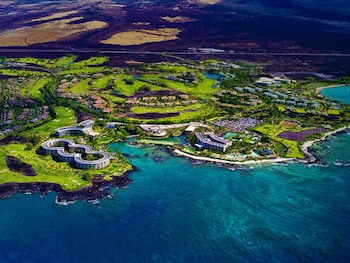 Enter your dates for our Waikoloa last minute prices