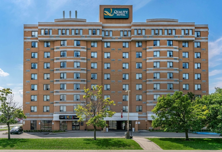 Quality Hotel & Suites Montreal East, Montreal
