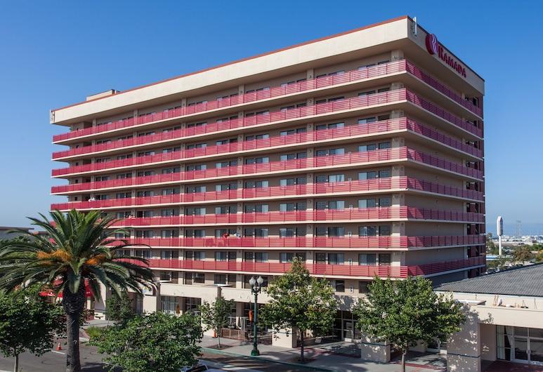 Ramada by Wyndham San Diego National City, National City, Viešbučio fasadas