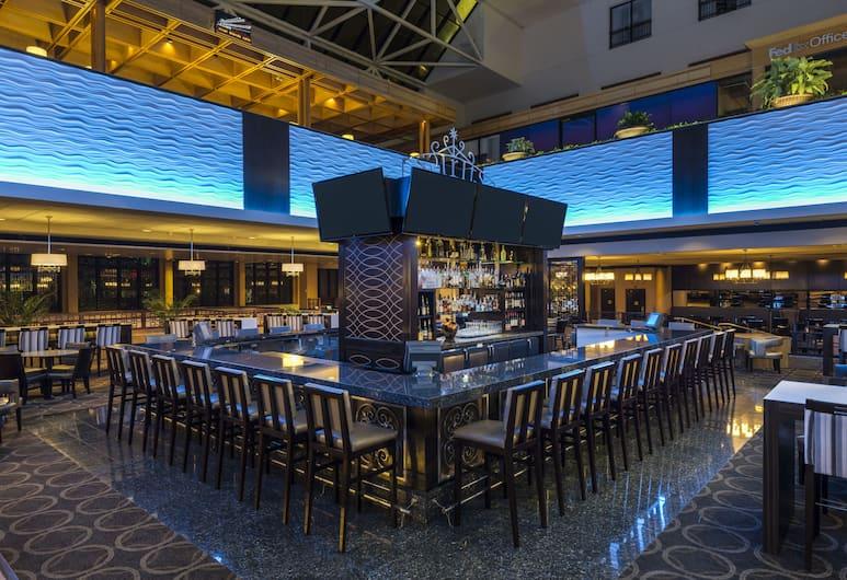 新奧爾良河濱希爾頓酒店, 新奥爾良, 酒店酒吧