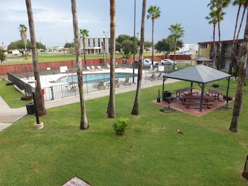 Picture of Red Roof Inn Corpus Christi North - Near Downtown in Corpus Christi
