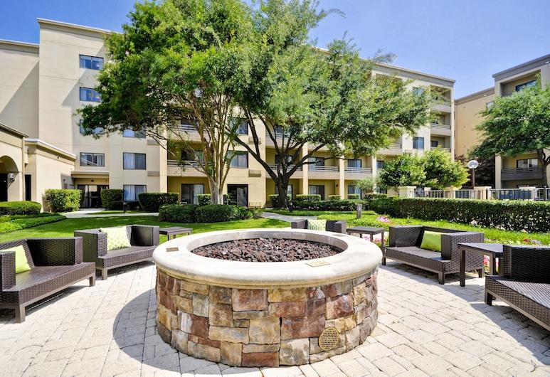 Courtyard Dallas Medical/Market Center, Dallas, Terrasse/Patio