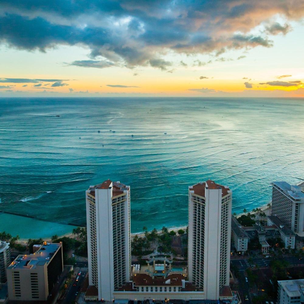 حياة ريجنسي وايكيكي بيتش ريزورت آند سبا, Honolulu