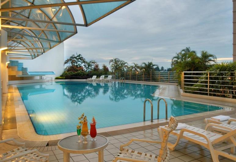 Puteri Wing, Riverside Majestic Hotel, Kuching, Vonkajší bazén