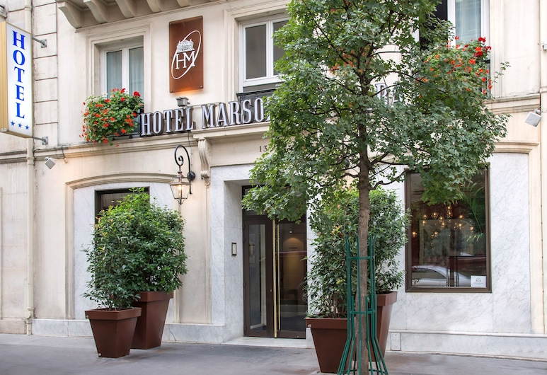 루브르 마르솔리에 오페라, 파리, 호텔 입구