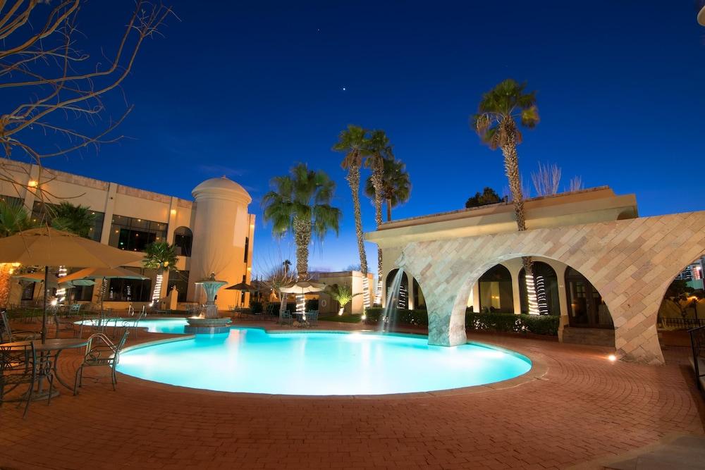 Hotel Lucerna Ciudad Juarez Pool