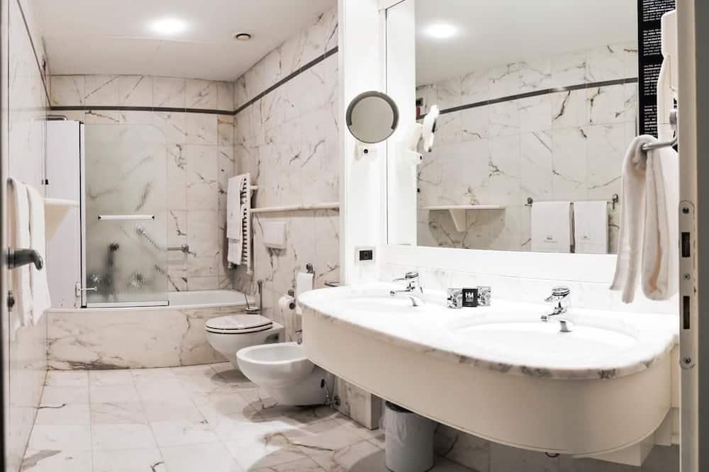 Chambre avec lits jumeaux (breakfast excluded) - Salle de bain