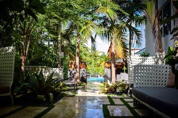 Picture of San Juan Hotel in Miami Beach