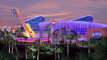 Choose This Business Hotel in Las Vegas -  - Online Room Reservations