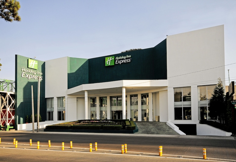 Holiday Inn Express Toluca, טולוקה