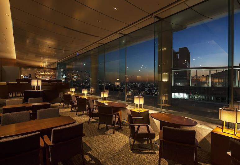 Century Southern Tower Hotel, Tokyo, Bar-salon de l'hôtel