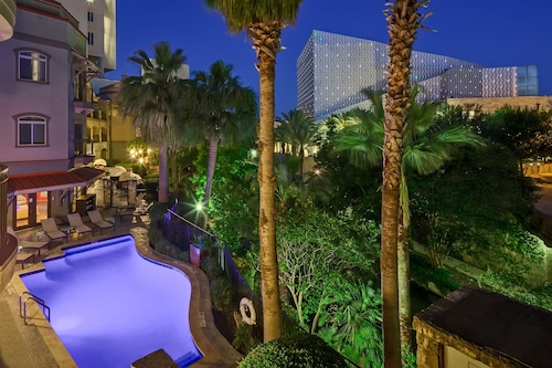 โรงแรมอินดิโก
