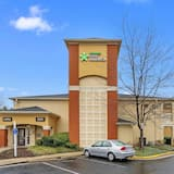 Extended Stay America Suites Washington DC Falls Church