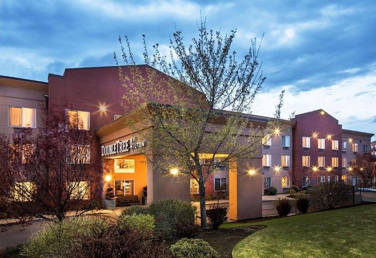 DoubleTree by Hilton Hotel Bend, בנד