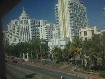 Picture of Geneva Hotel in Miami Beach