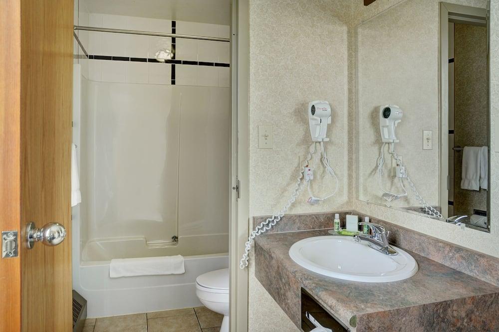 לופט סופריור, 2 מיטות קווין - חדר רחצה