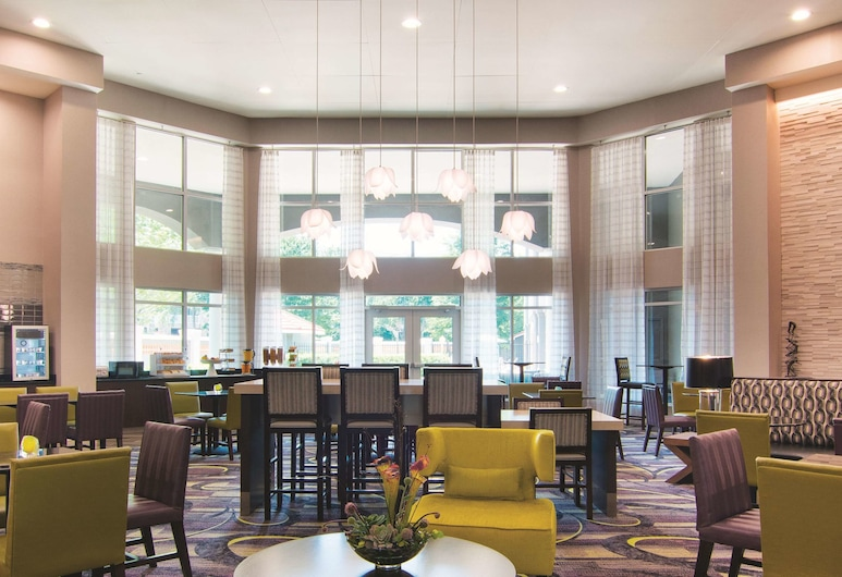 La Quinta Inn & Suites by Wyndham Atlanta Perimeter Medical, Atlanta, Vestibils