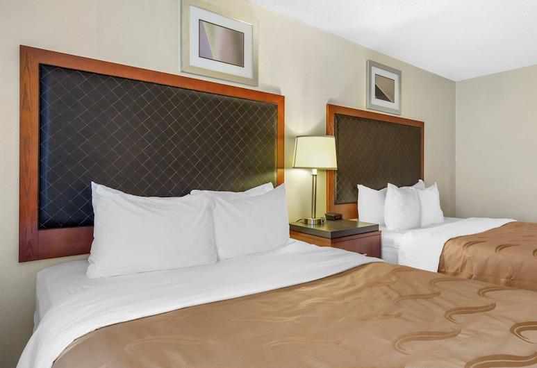 Quality Inn & Suites Lakewood - Denver Southwest, Lakewood, Standard szoba, 2 queen (nagyméretű) franciaágy, Vendégszoba