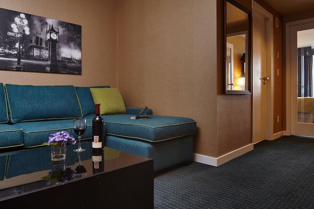 جناح سوبيريور - سرير كبير مع أريكة سرير - منطقة المعيشة