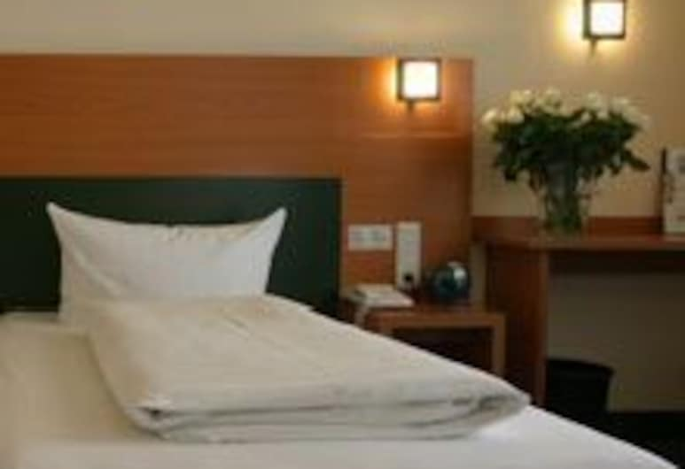Memphis Hotel, Frankfurt, Dreibettzimmer, Zimmer